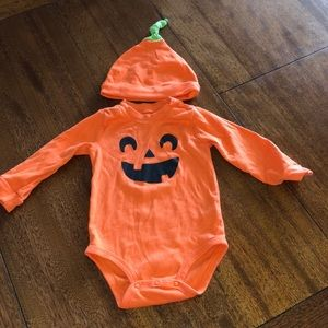 Pumpkin 🎃 onesie with hat!